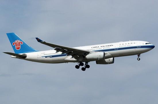 самолет China Southern